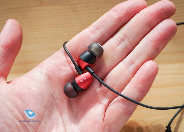 Обзор Bluetooth-гарнитуры Moshi Mythro Air