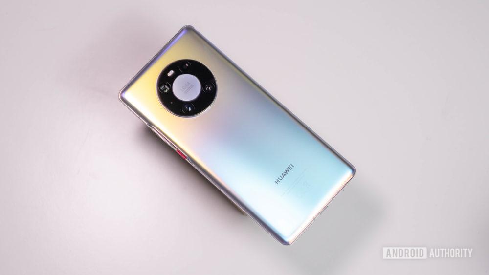 Падение Huawei: что мы потеряли и что получили?