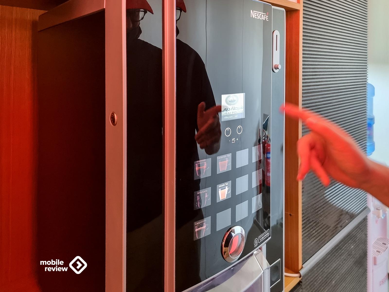 Умный полицейский участок в Дубае – технологии госуслуг