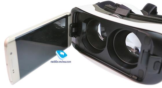 Очки виртуальной реальности Samsung Gear VR 2015 года