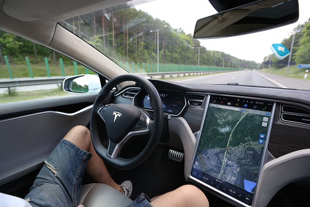 Бирюльки №388. Первая жертва автопилота Tesla