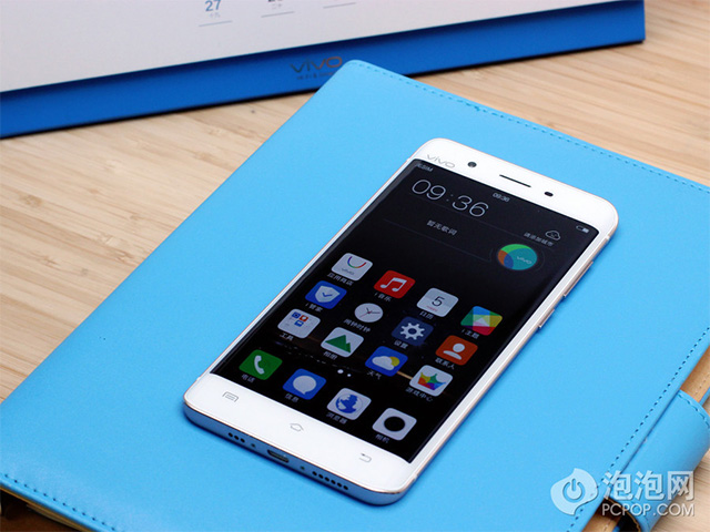 http://mobile-review.com/articles/2016/image/vivo-xplay-5/1.jpg