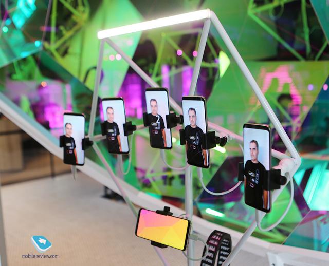 Galaxy Studio как формат общения с покупателями – пример Нью-Йорка и Москвы