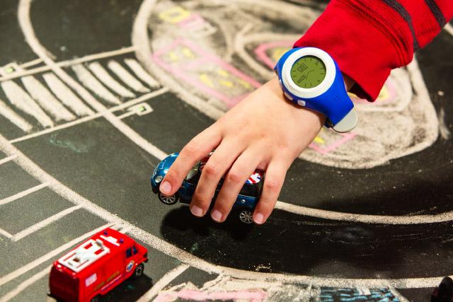 Обзор детских часов-телефона Hiper EasyGuard и BabyGuard
