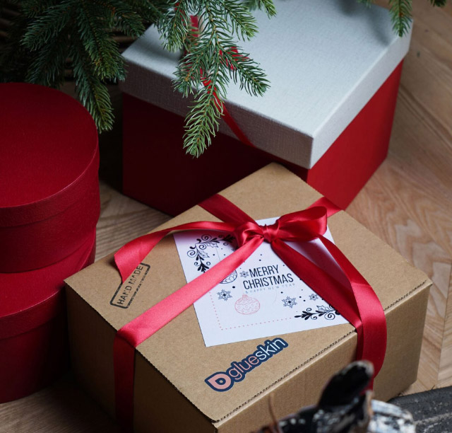 Новогодний гид покупателя до 6 000 рублей