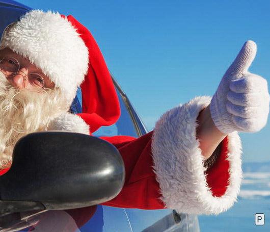 С чем ездит Дед Мороз?