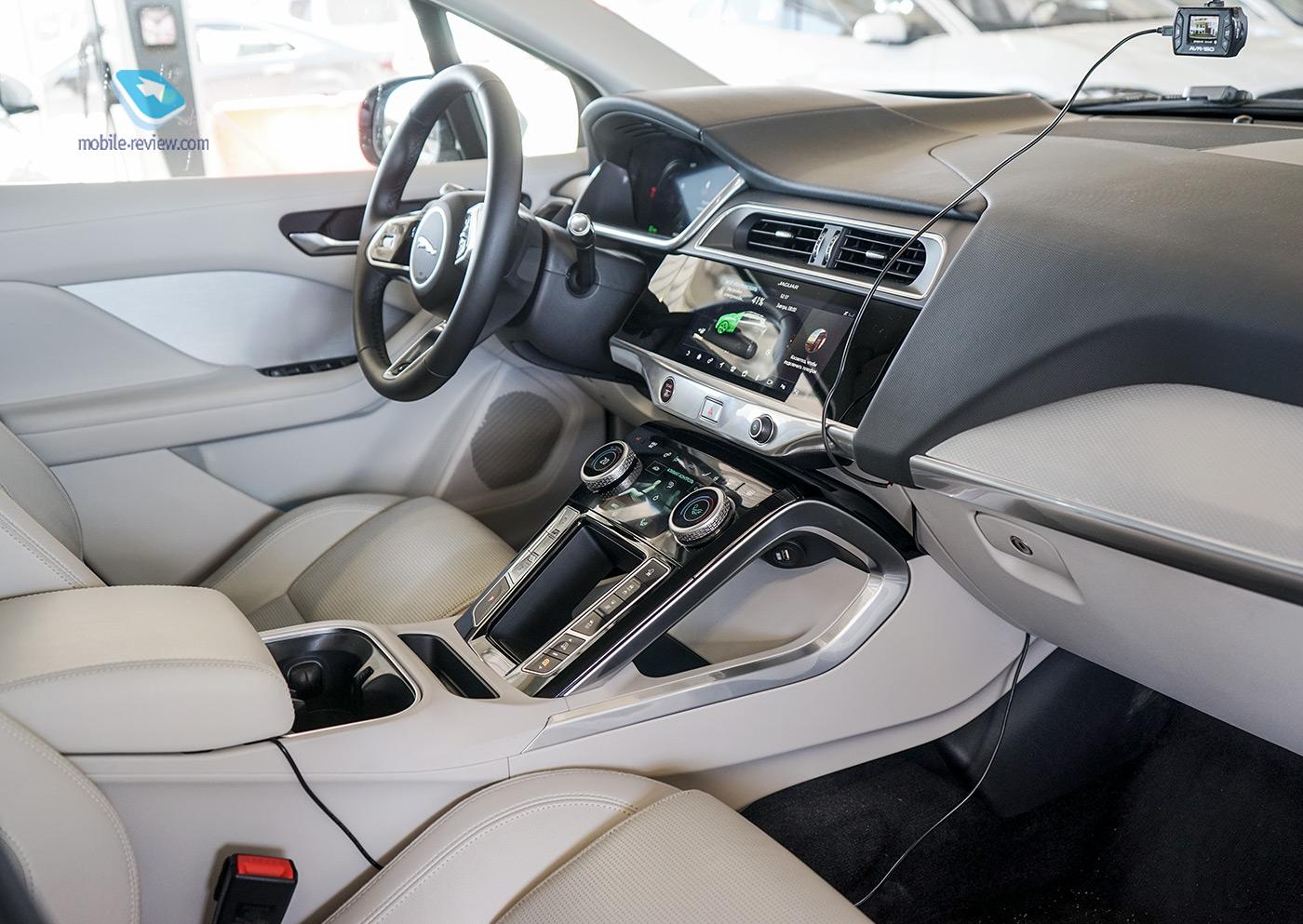 Полный бак №6. Первый взгляд на Jaguar I-PACE