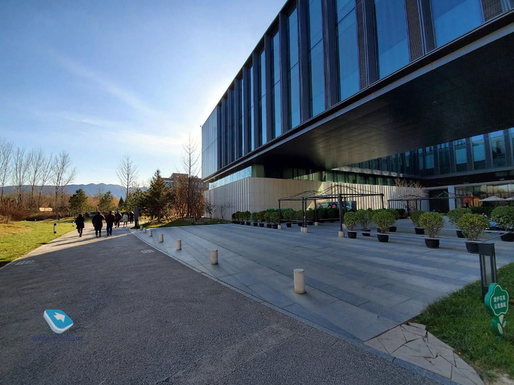 Как устроен центр разработок и тестирования Huawei в Пекине