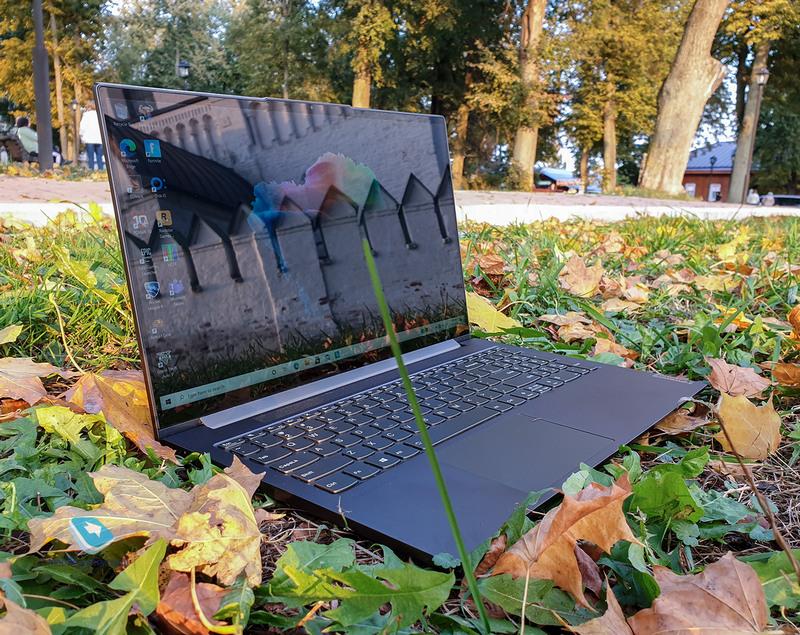 Lenovo Yoga 7 Creator: доступный ноутбук с прицелом на творческих людей