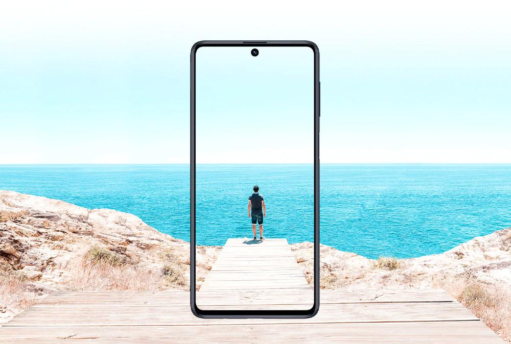Новинки месяца: 7 главных смартфонов сентября