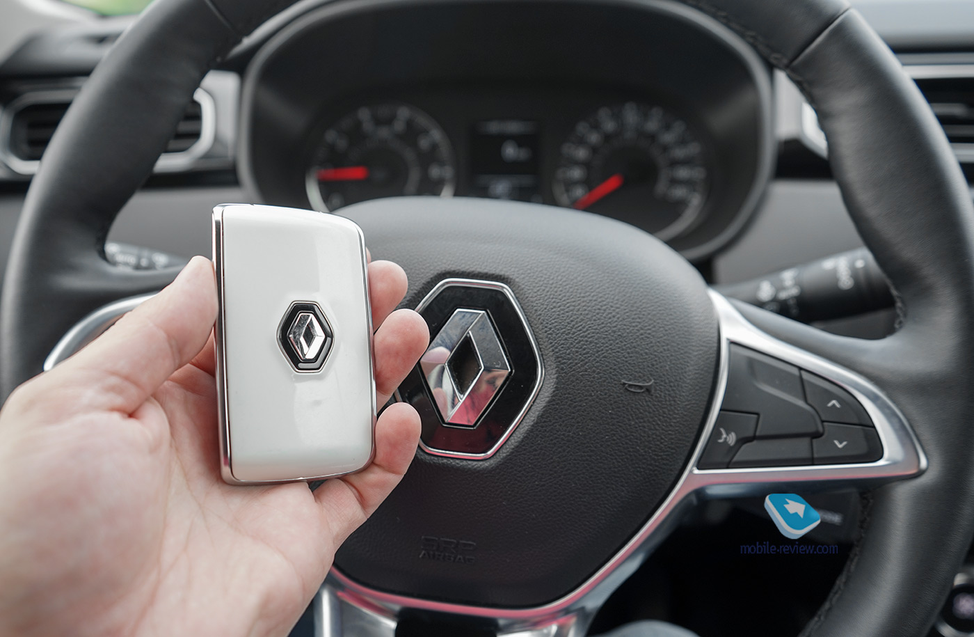 Тест Renault Arkana. Кросс-купе за миллион