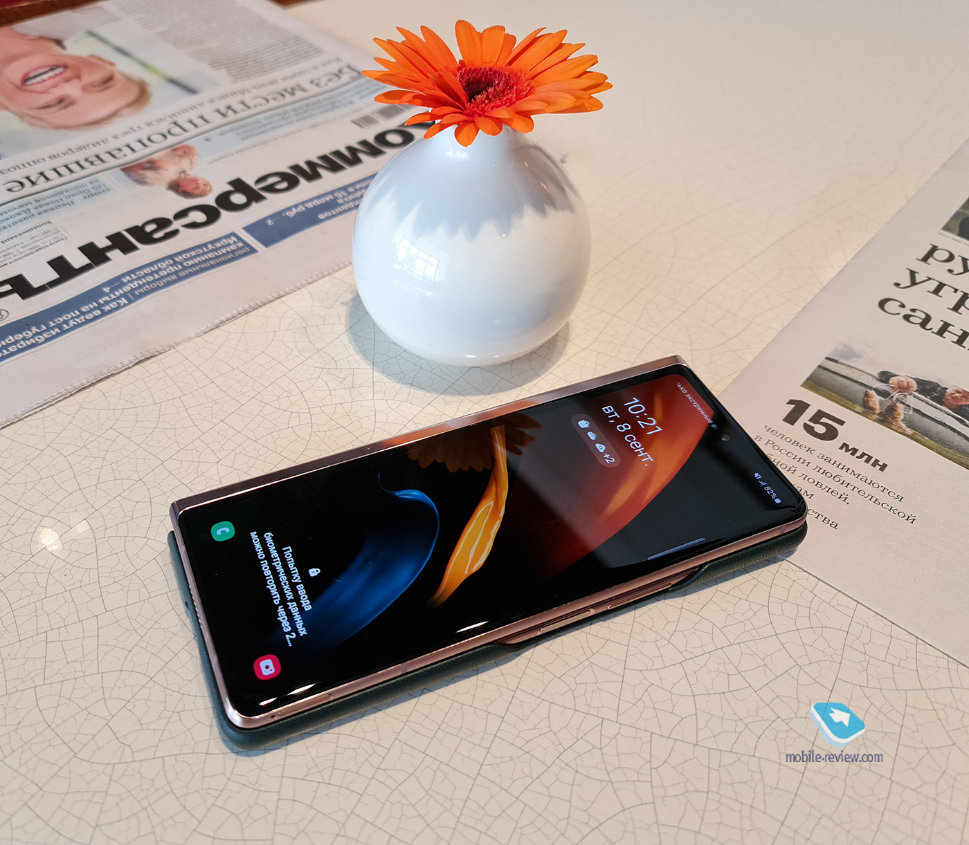 Флагманы с гибкими экранами, наступление клонов Galaxy Z Fold2