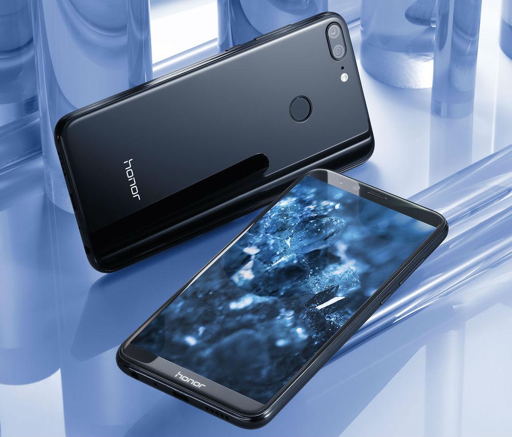 Названа русская цена телефона Huawei Honor 9 Lite