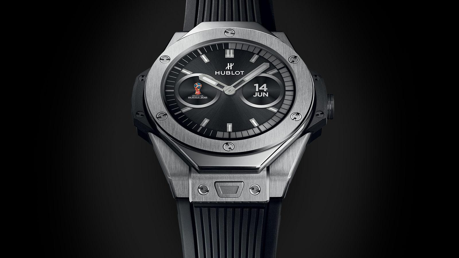 Умные часы hublot big bang referee fifa nxrx имеют диаметр 49 мм, оснащены жидкокристаллическим циферблатом, wi-fi, bluetooth и суточным запасом батареи работают на основе intel®️.