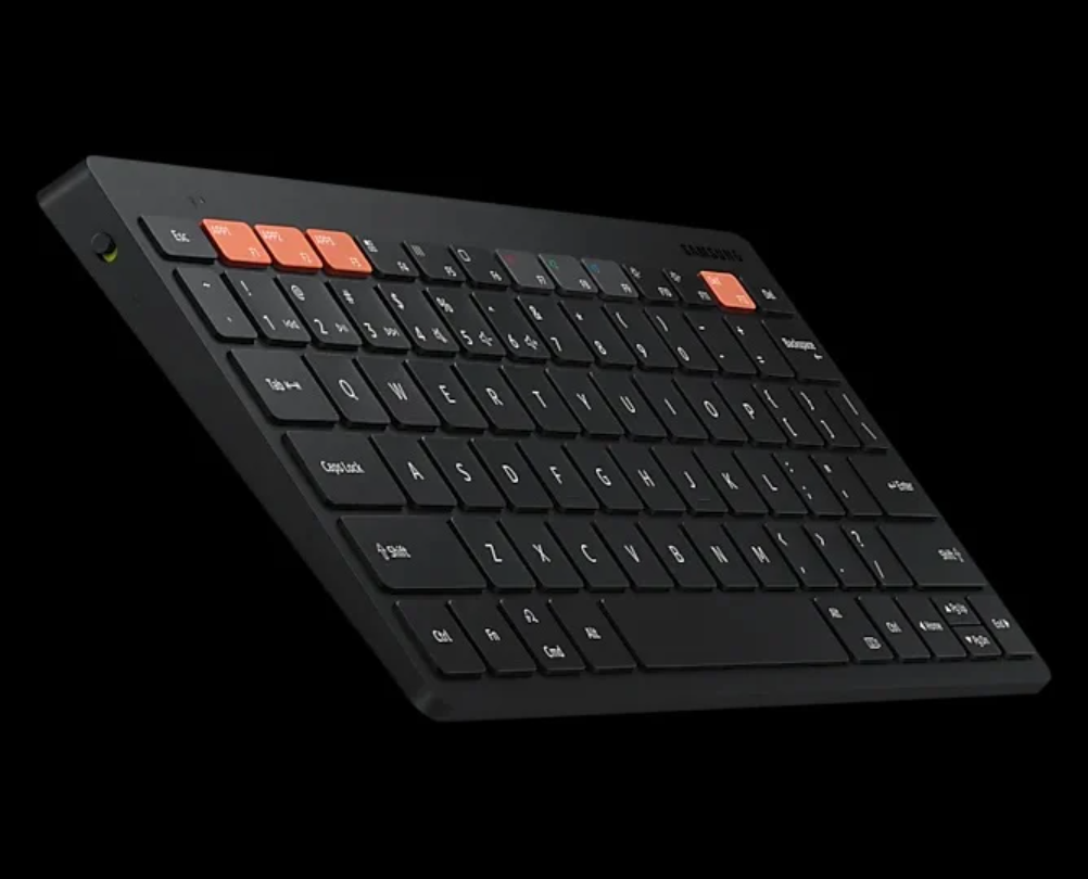 Samsung выпустит клавиатуру Smart Keyboard Trio 500, которая будет работать с тремя устройствами