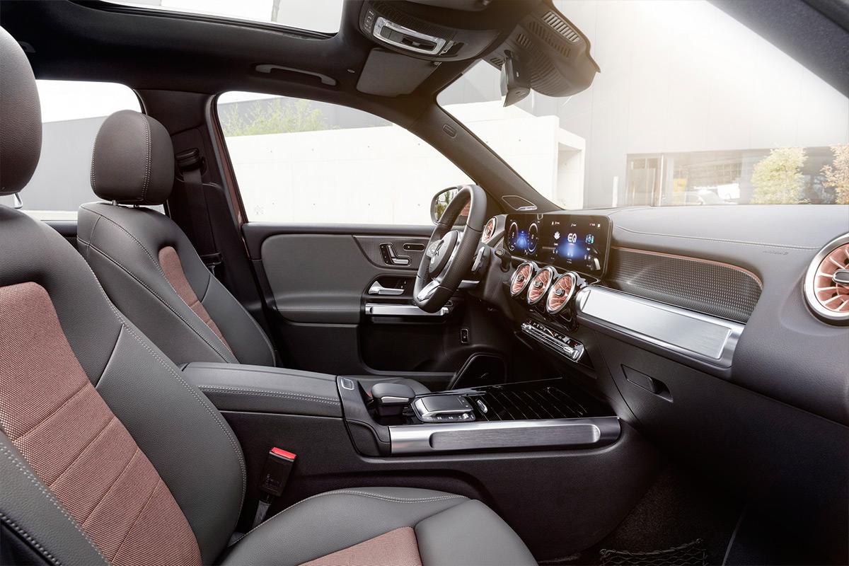 Представлен компактный электрический кроссовер Mercedes-Benz EQB
