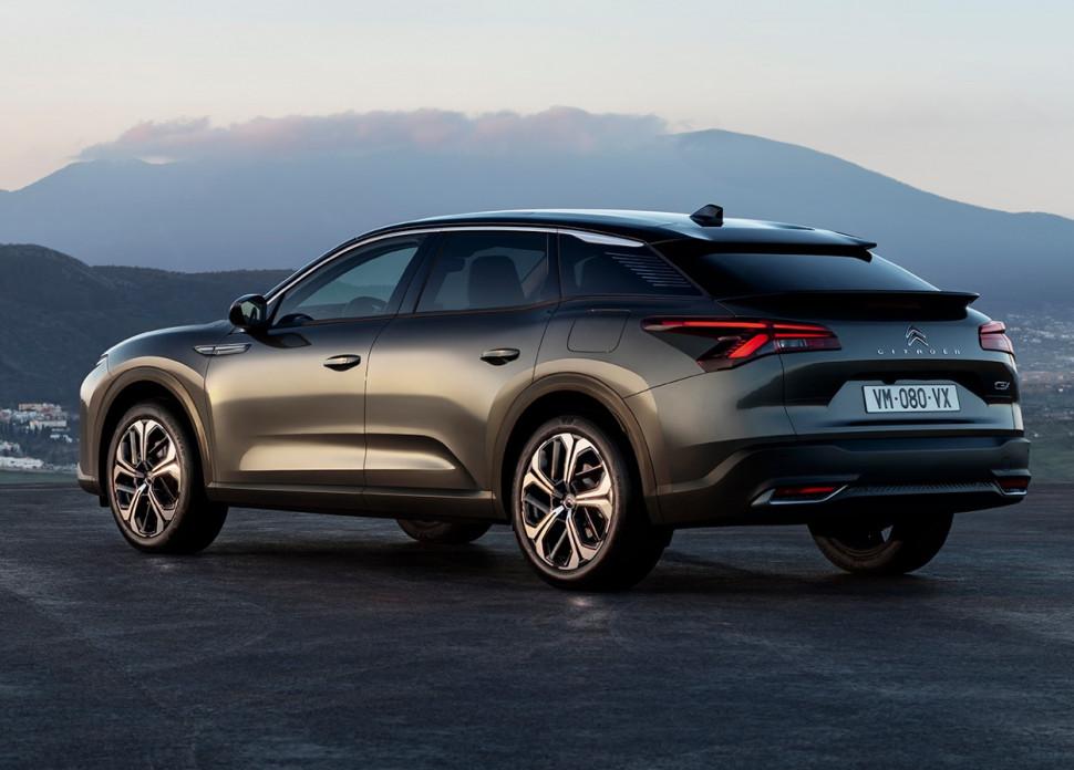 Citroën представила новый флагман C5 X
