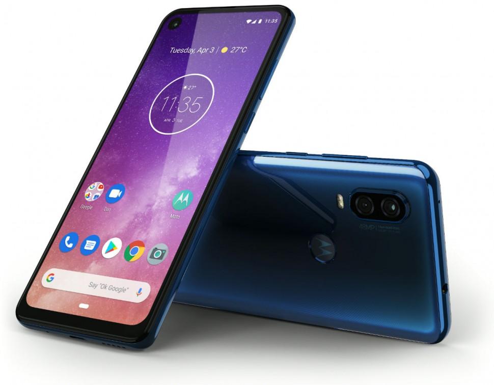Motorola one Vision_ROW_Saphire Gradient_Laydown Combo