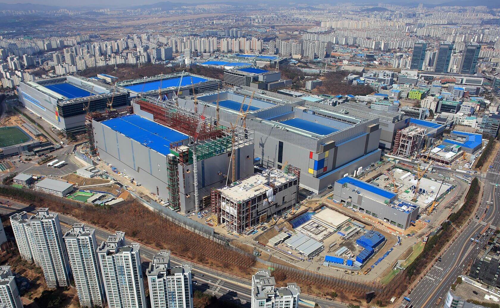Завод Samsung в г. Хвасон