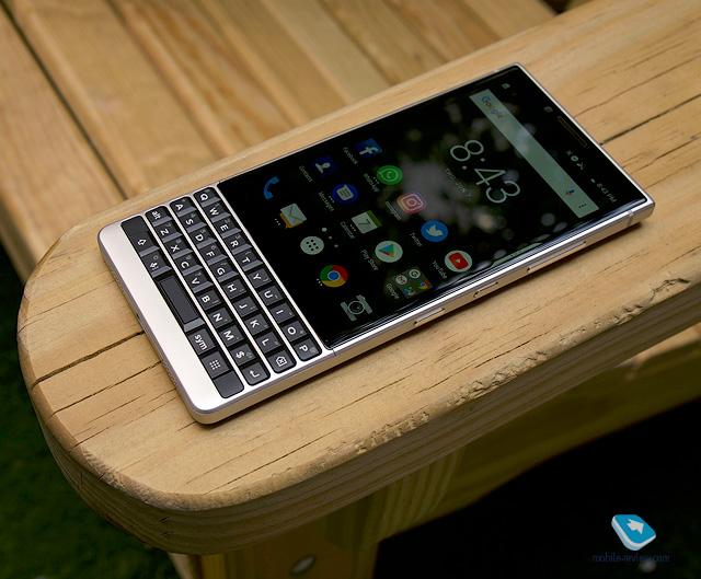 Первый взгляд на BlackBerry KEY2