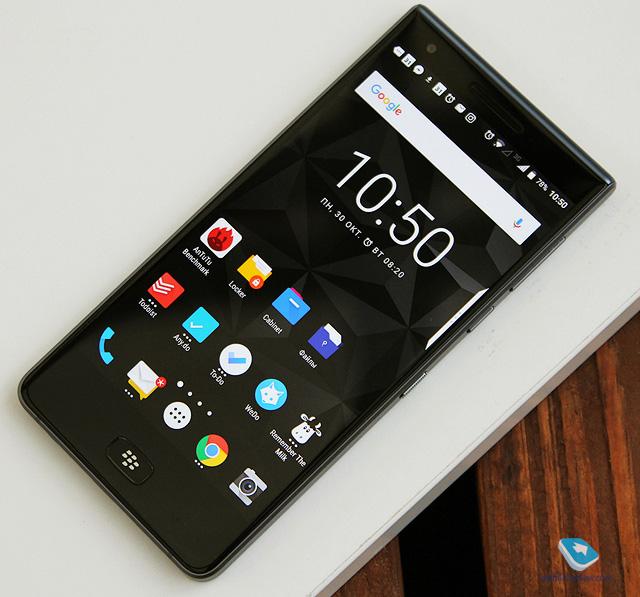Обзор смартфона Blackberry Motion (BBD100-6)