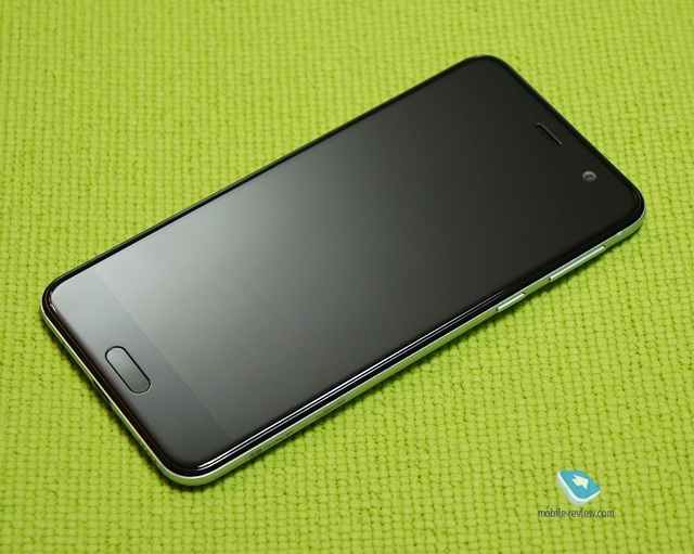 Обзор смартфона HTC U Play