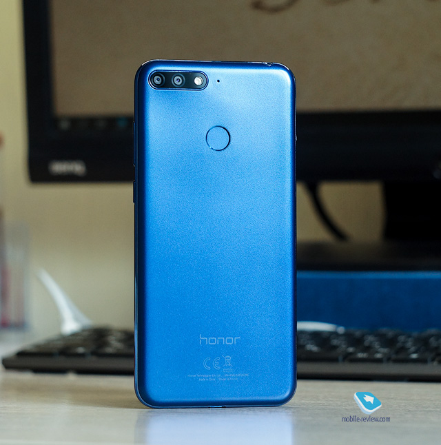 Mobile-review com Обзор смартфона Honor 7C