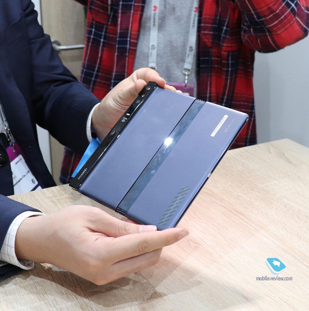 Первый взгляд на Huawei Mate X