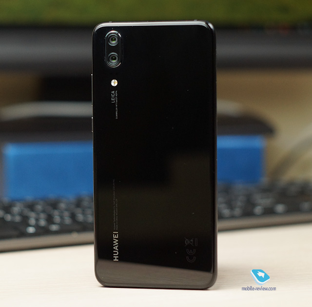 Mobile-review com Обзор компактного флагмана Huawei P20