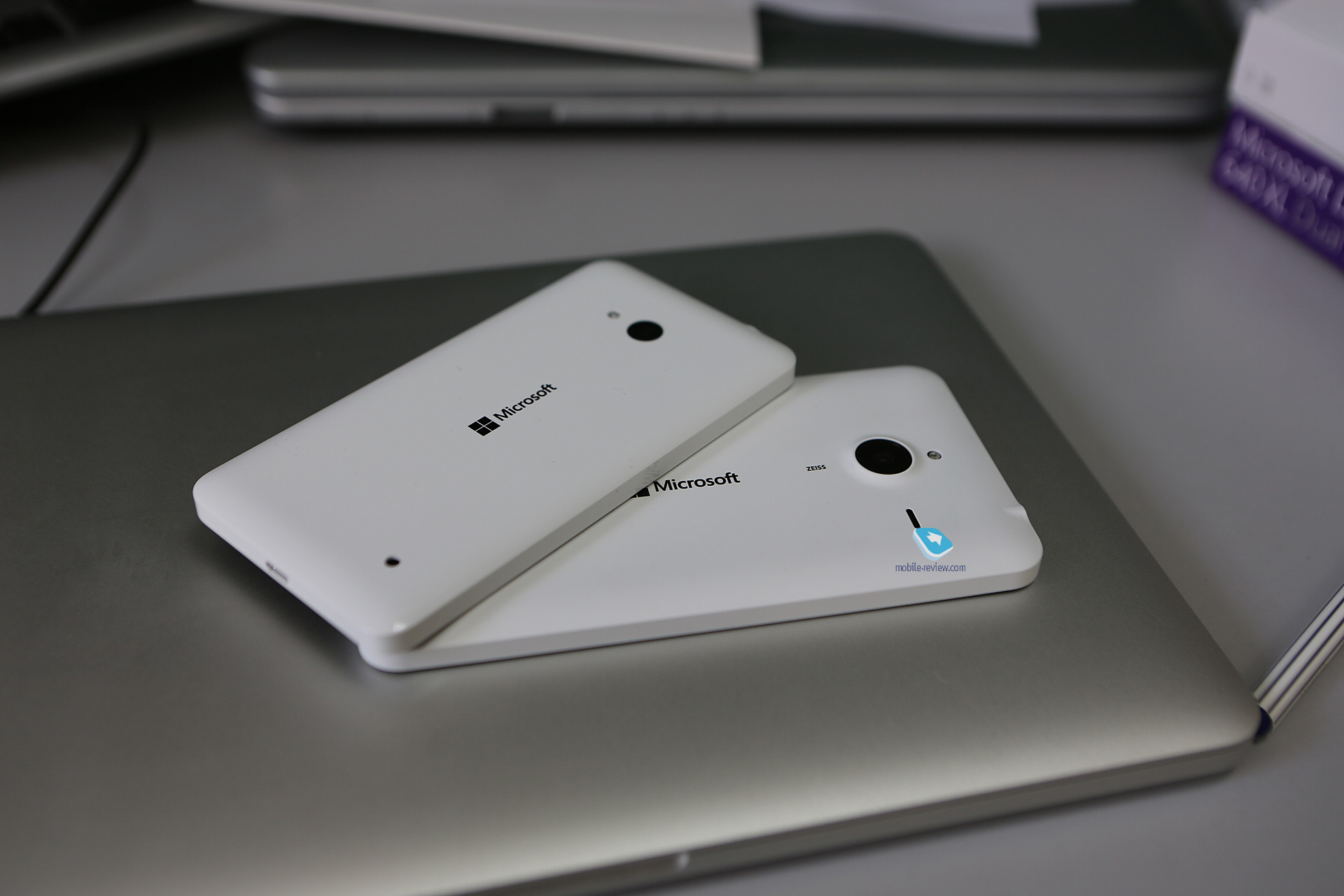 Mobile windows phone lumia 640 xl for Window 640 xl