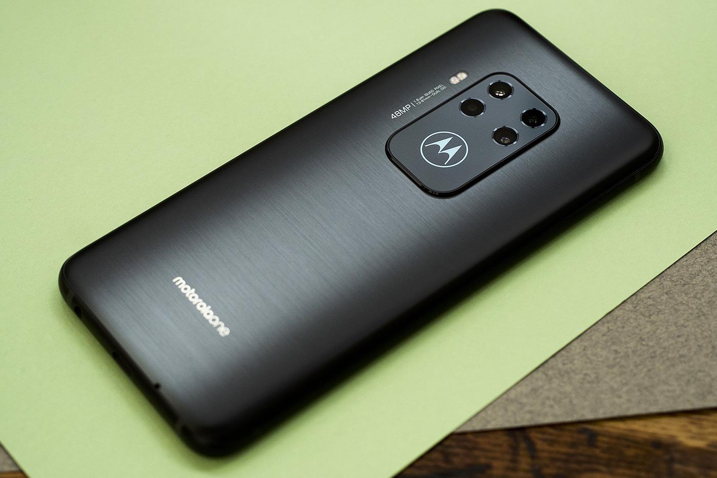 Обзор смартфона Motorola EDGE (XT2063-3)
