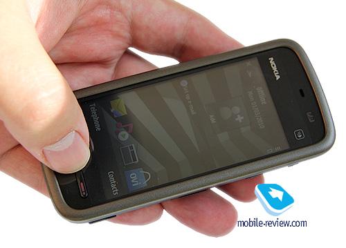Модель 5228 является полной копией Nokia 5230. Материал корпуса, как