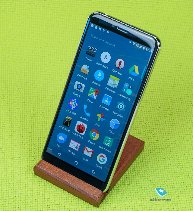 Обзор смартфона Pixelphone M1