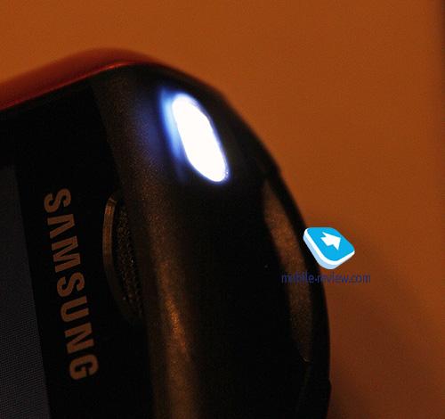 как включить фонарь на самсунге андроид