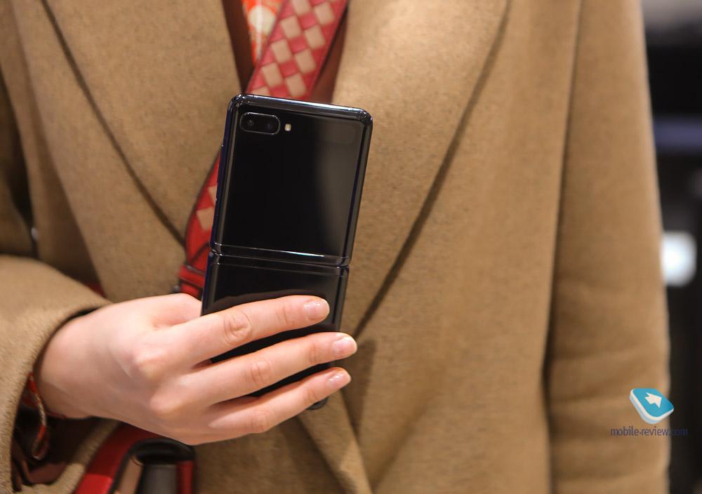 Первый взгляд на Samsung Galaxy Z Flip – второй смартфон с гибким экраном