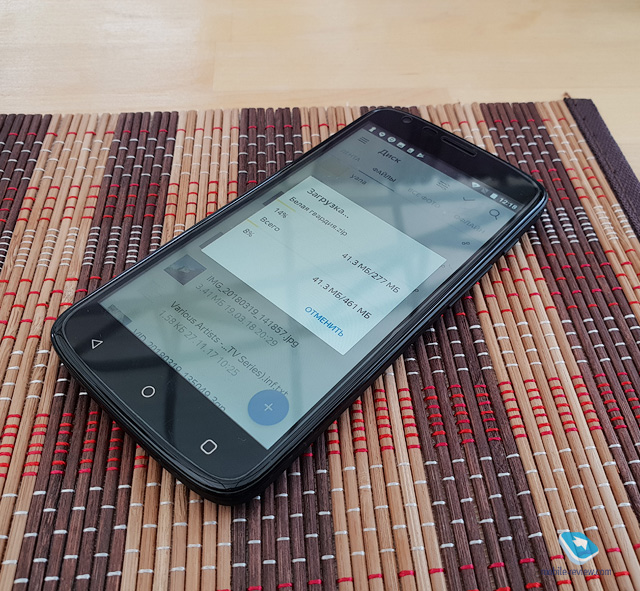 Обзор доступного NFC-смартфона Senseit N151