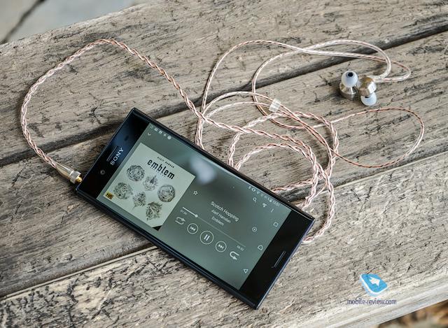 Обзор смартфона Sony Xperia XZ Premium