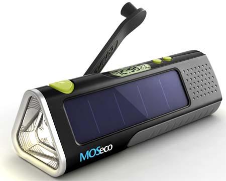 Есть так же термометр, индикатор заряда аккумулятора, фонарик.